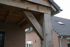overkapping-houten-balken-biggelaar-oir